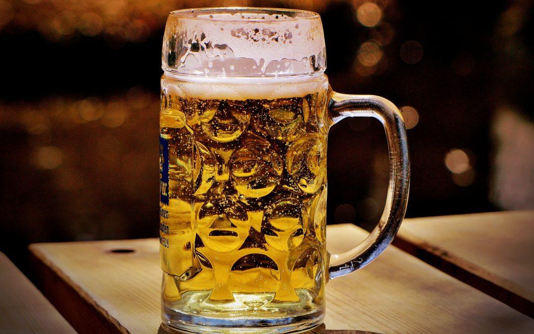 ¿La cerveza engorda o solo es un mito?